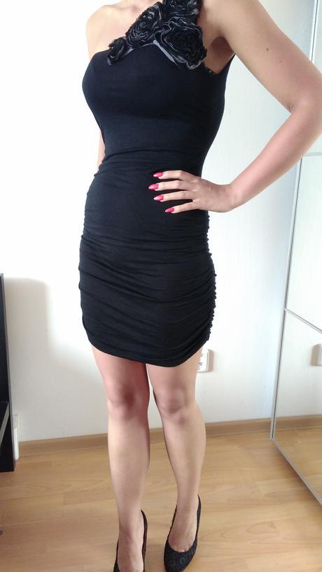 Stylové dámské šaty , 36