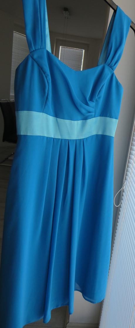 modré spoločenské šaty, 36