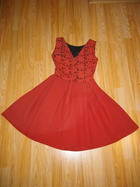 Spoločenské Šaty redovy , 34
