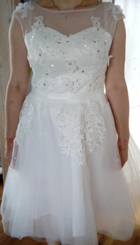 Netradičné svadobné šaty, 40