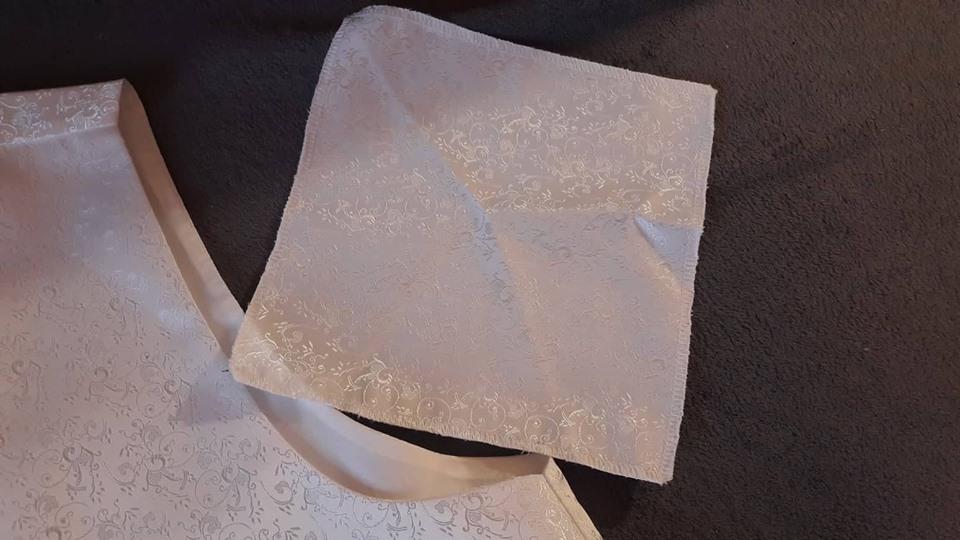 cb0bbb58b Svadobná vesta + kravata + vreckovka, 50 - 40 € | Svadobný bazár ...