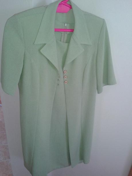 krátke svetlozelené šaty + sako, 38