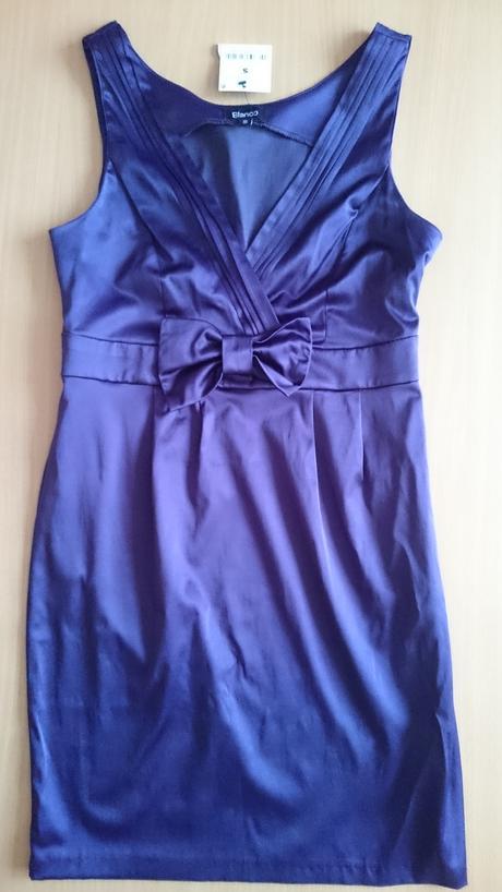 Nenosené šaty , S