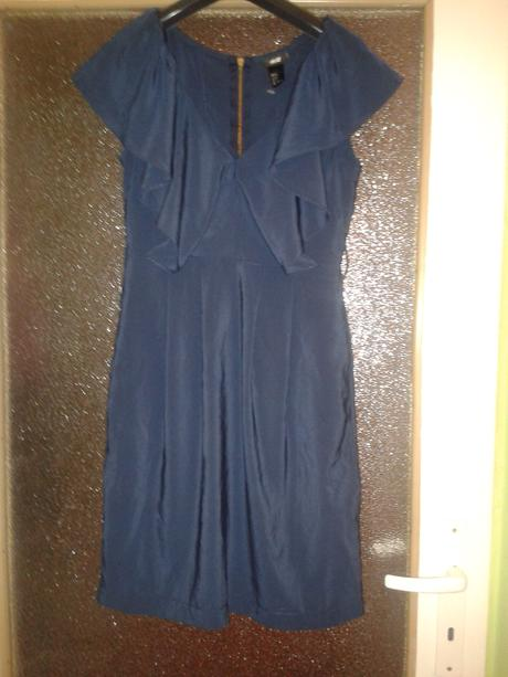 Tmavomodré štýlové šaty, 34