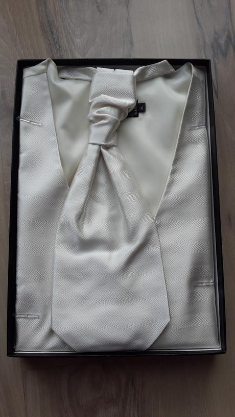 Svadobna kosela XL, 58