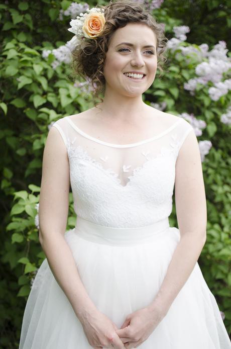 Jemné a originálne svadobné šaty, 36