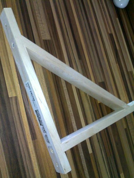 drevená konzola z IKEA -  EKBY VALTER,