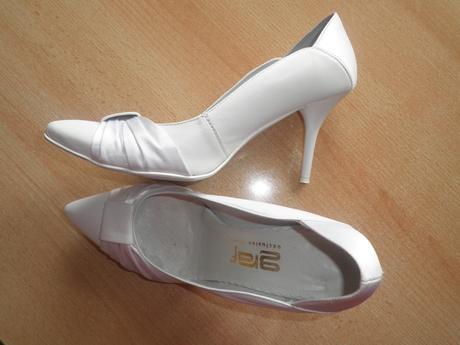 Biele elegantné topánky, 39