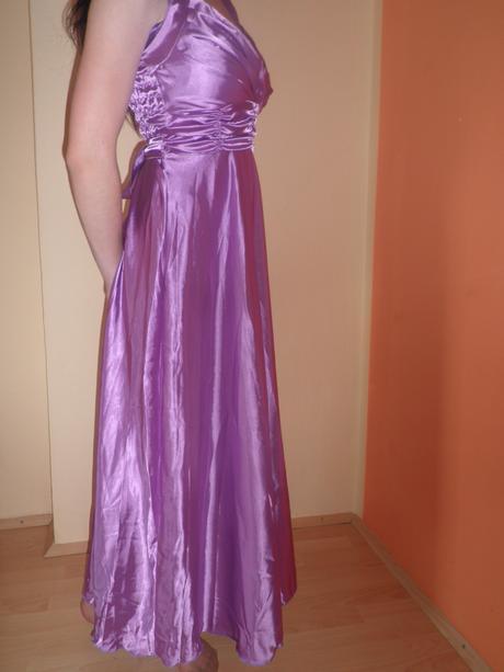 Dlhé saténové fialové šaty 0492155947f