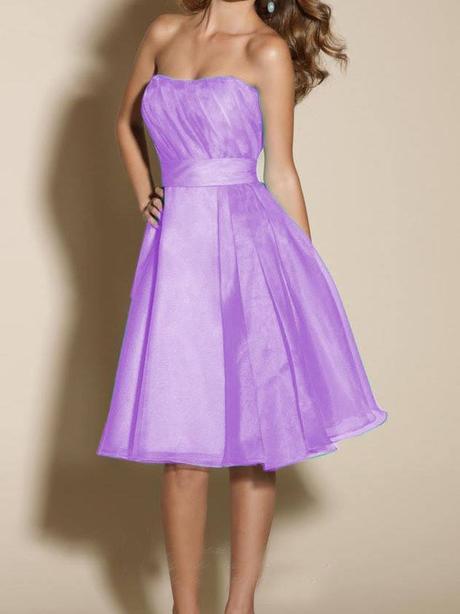 Fialkové šaty, 38