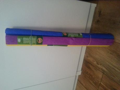 Krepový papír - různé barvy,
