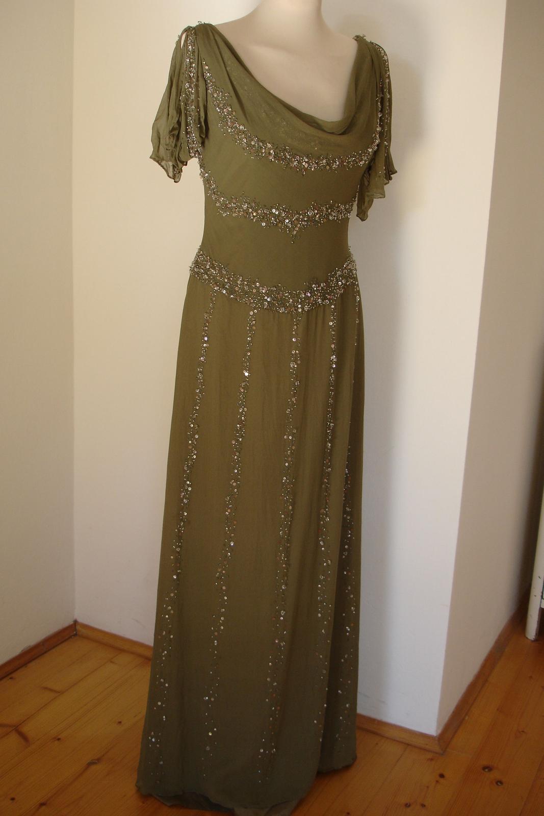 2df68c5d7c9f Zelené luxusní společenské šaty pronovians