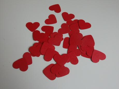 Konfetky srdíčka - red,