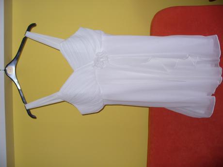 krátké svatební nebo popůlnoční svatební šaty, 44