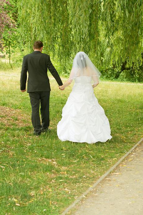prodej svatebních šatů, 42