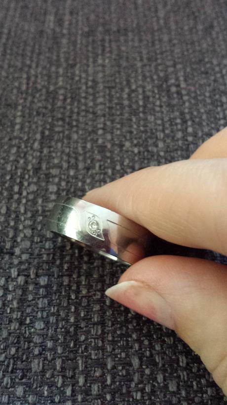 dámsky prsteň,