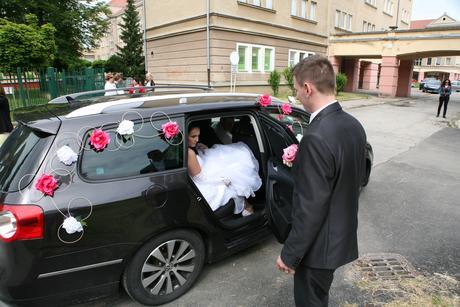 svadobna vyzdoba na auto,