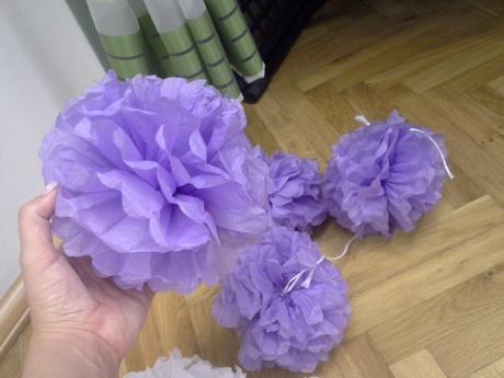 Pompoms lila 20 cm,
