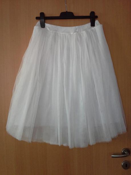 Tylová bílá sukně, 40