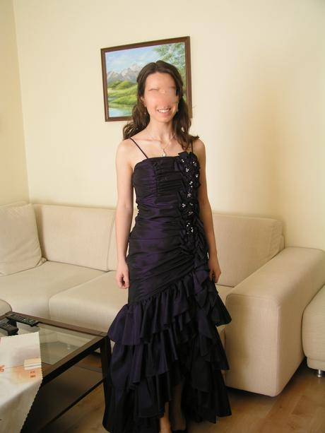 Spoločenské šaty - raz oblečené, 36