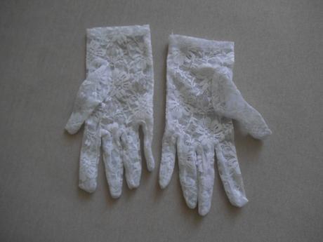 Krajkové rukavičky,