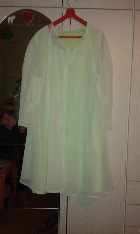 Dámske šaty s bluzónikom, 42