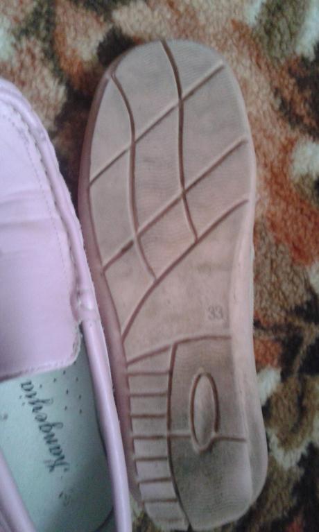 Dievčenské topánky, 33