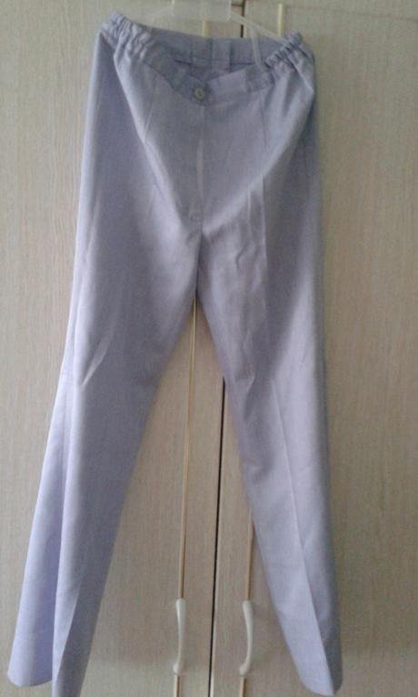 Dievčenský nohavicový kostýmček, 140