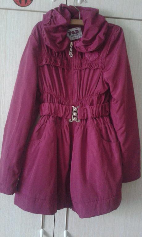 Dievčenský plášť, 146