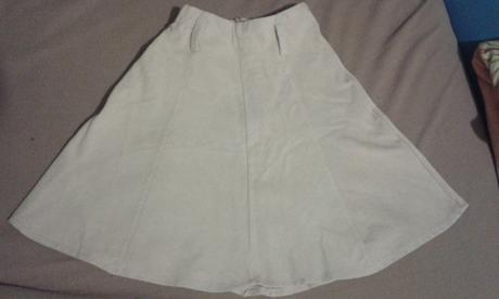 Menčestrová suknička, 140