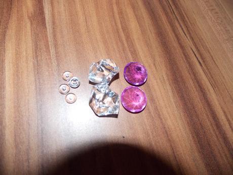 Kamínky diamanty plus malé balení zdarma,