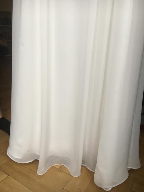 Jednoduché šaty pro víly-jednou nošené 36-38, 38