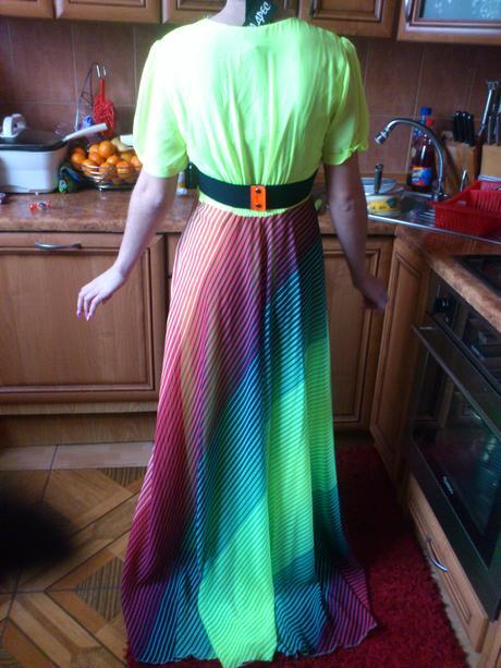 Luxusné šaty, 38