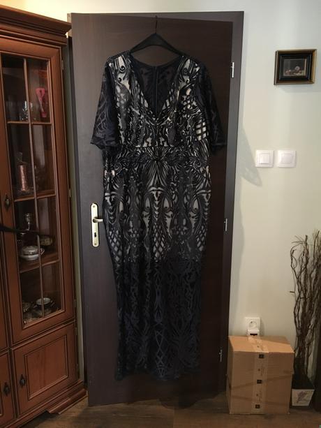 Šaty pre moletku, 54