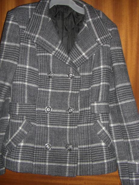 károvaný kabátik, 36