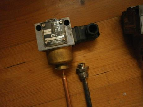 termostat TX023,