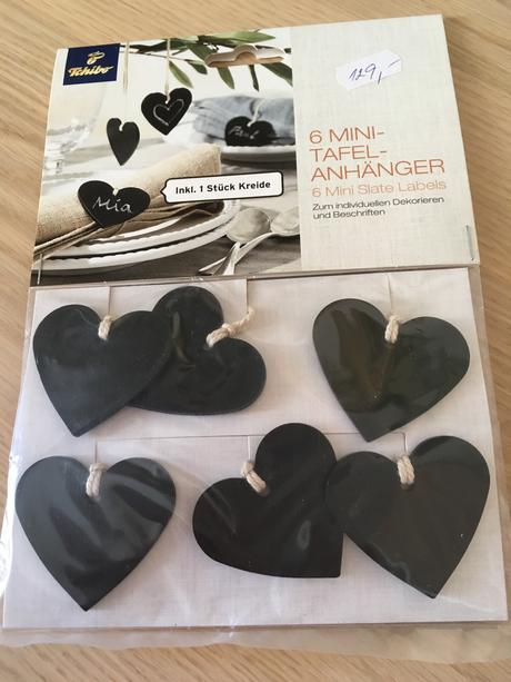 Jmenovky na stůl ve tvaru srdce,