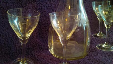 Staré sklenené poháriky,