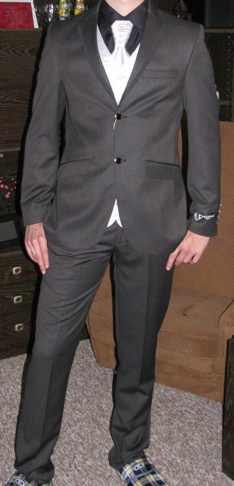 Italský pánský oblek, 46