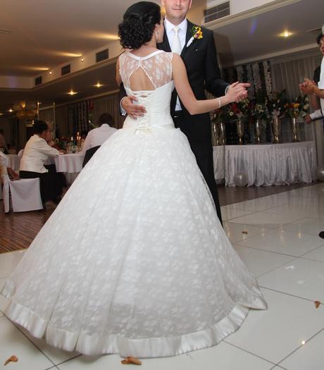 Nádherné svadobné šaty - ivory - 34/36, 34