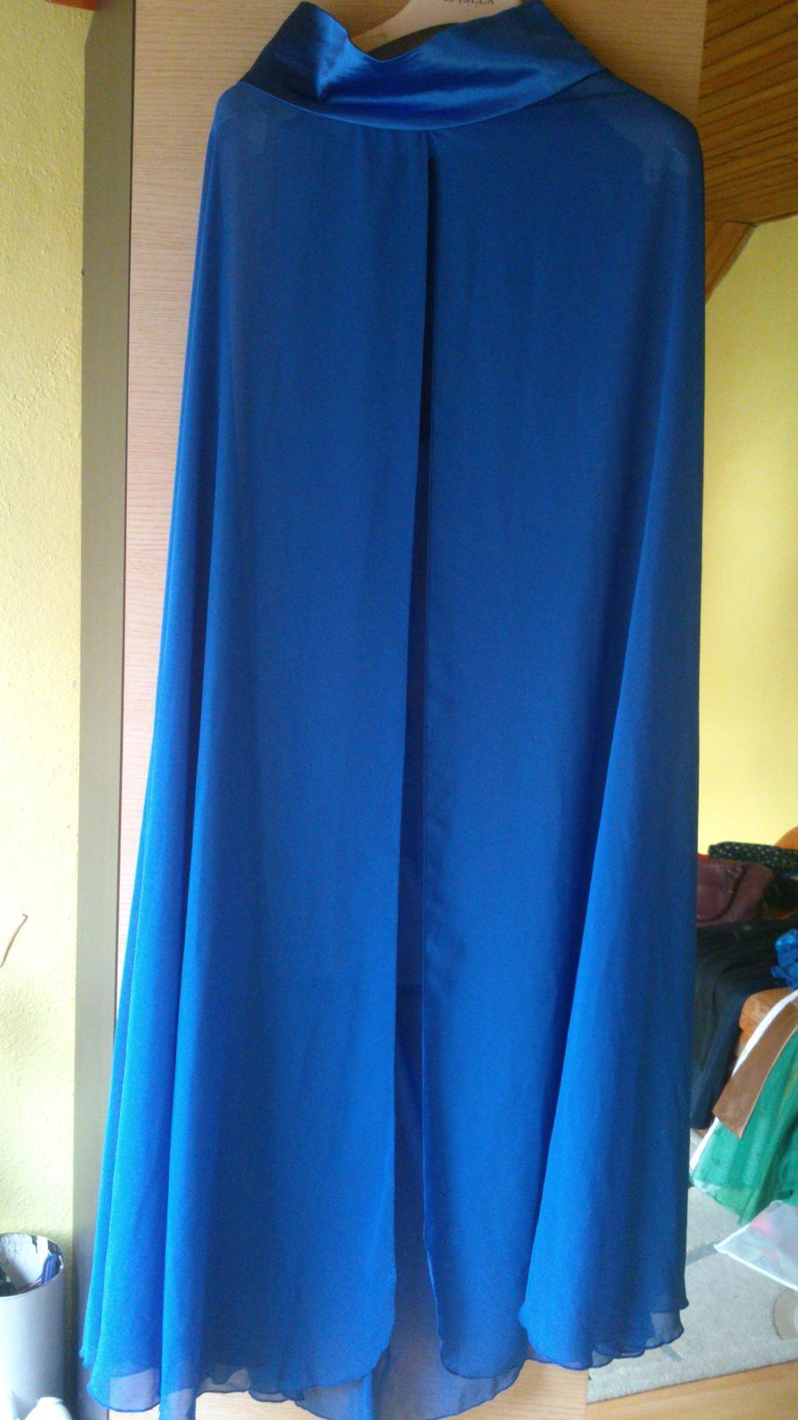 Spoločenské šaty - modré  150093a7be1
