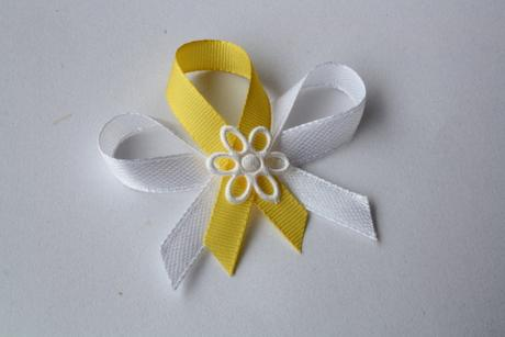 Svatební vývazek bílo-žlutý,
