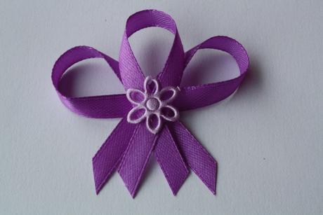 Svatební vývazek fialovo-fialový,