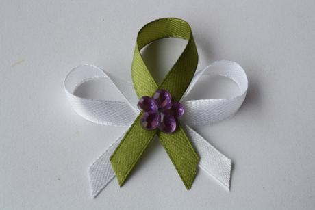Svatební vývazek olivově-zelený,
