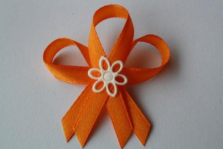 Svatební vývazek oranžový,