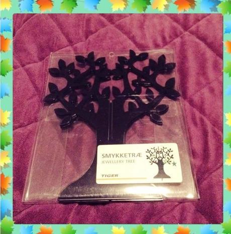 3D strom, např. na zavěšení vzkazů od hostů,