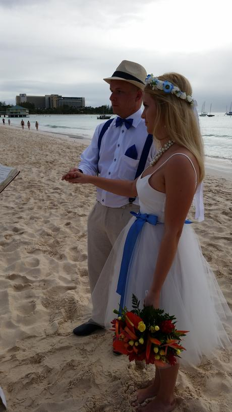 Plážové Svadobné šaty Lunicite, 37