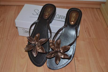 Pantofle s květinou, 41