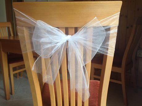 Bílá organza na mašle na židle, 55ks,