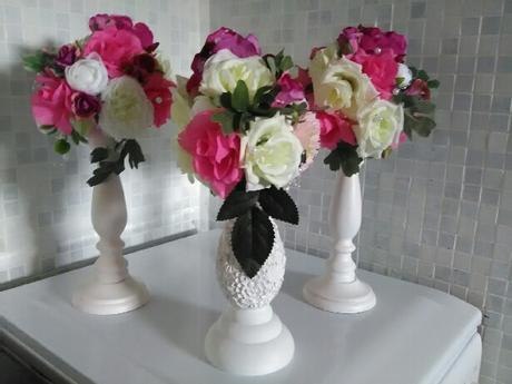 Vyvýšené květiny pro dekoraci stolů ,
